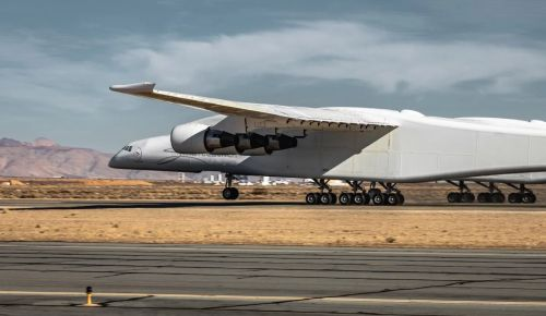 Самолет Stratolaunch Roc #2